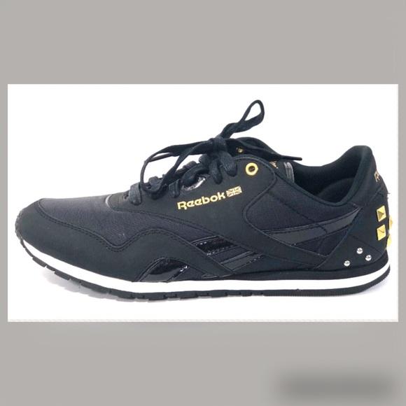 bbe7a49dfe4 Reebok Classic Alicia Keys NYlon Slim Sneakers 10.  M 5b54c73d1537956ab865901f